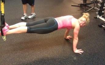 TRX Plank pratimo atlikimas