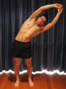 Pilvo-įstrižinių-raumenų-ir-nugaros-plačiojo-raumens-tempimas